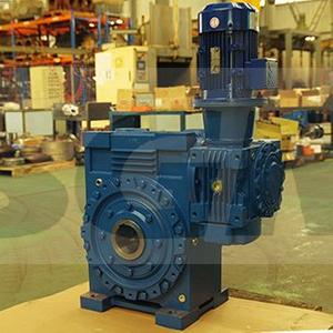 CDOA225C125双级串接环面蜗杆减速器
